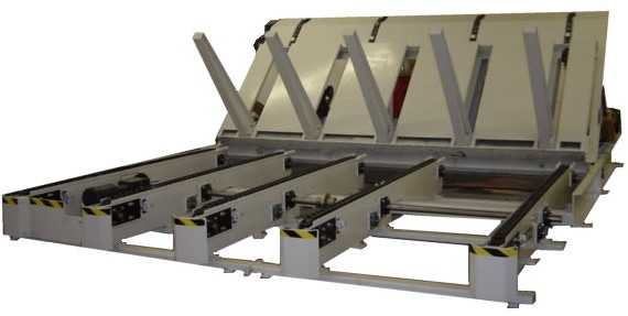 Bundle Dumper with Staging Chain Conveyors